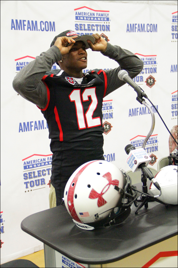 Samohi's Sebastian LaRue receives his jersey for the Under Armour All-America High School Football Game Monday on campus. (Daniel Archuleta daniela@smdp.com)