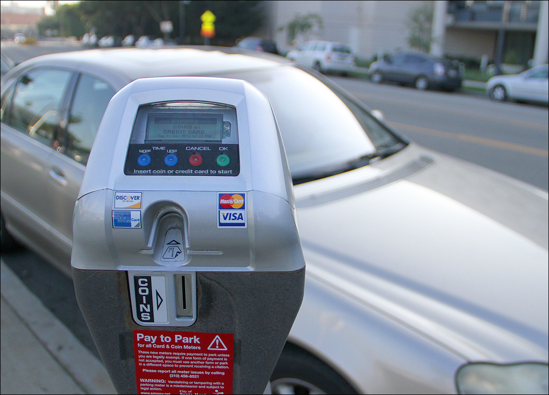 A parking meter on Main Street. (Photo by Daniel Archuleta)