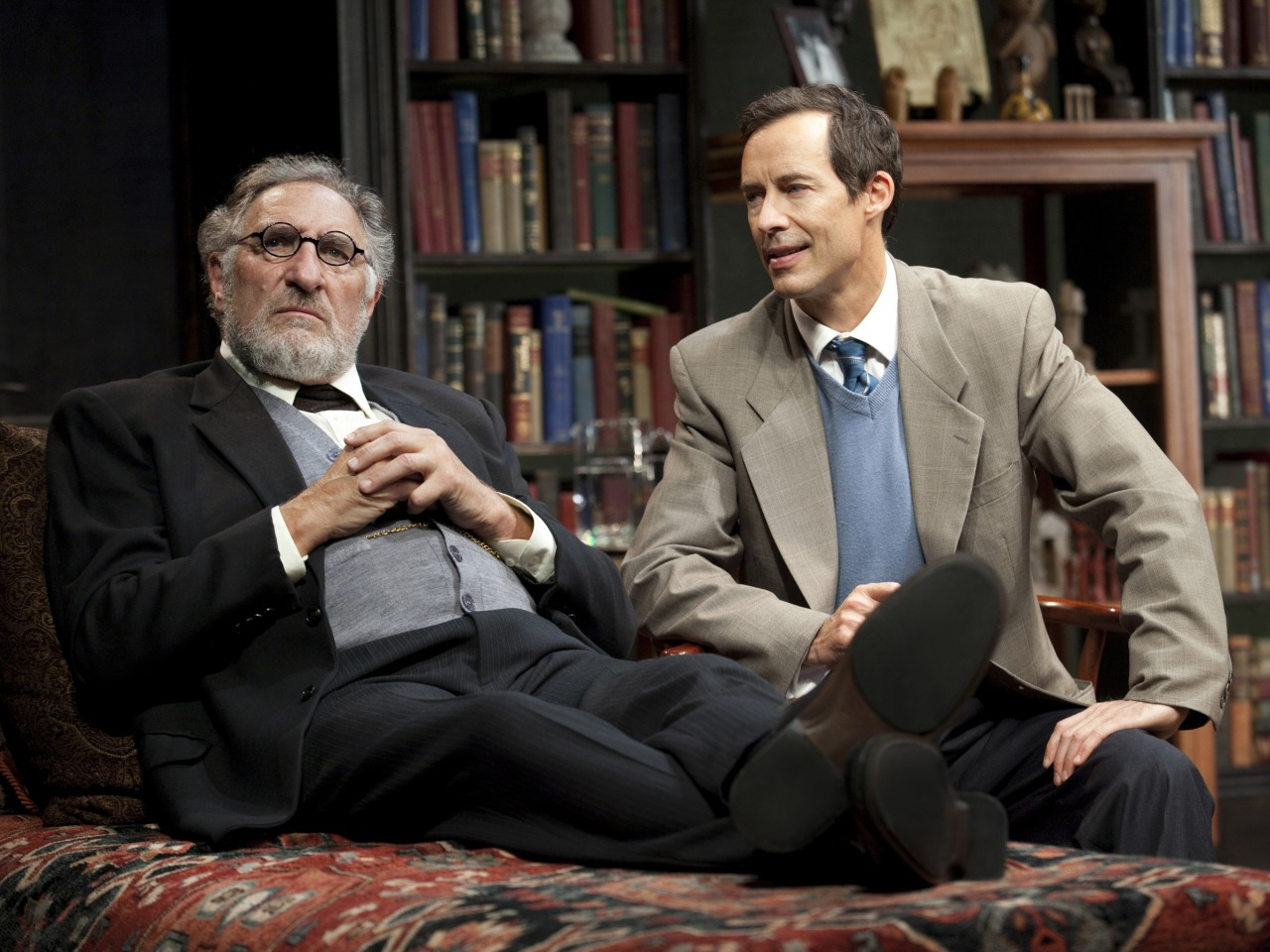 Judd Hirsch and Tom Cavanagh star in 'Freud's Last Session.' (Photo courtesy The Broad Stage)