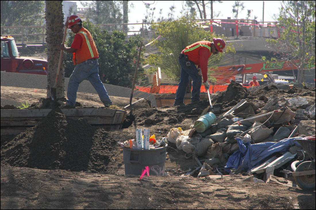 A crew works at the site of the future Tongva Park. (Photo by Daniel Archuleta)