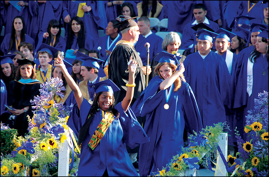 Only 60 percent of SMMUSD seniors applied for financial aid. (File photo)