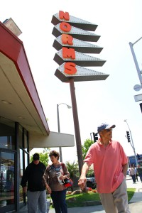 EATERY SET TO MOVE ON: The Norms on Lincoln Boulevard is slated to close in July. (Photo by Alex Vejar)