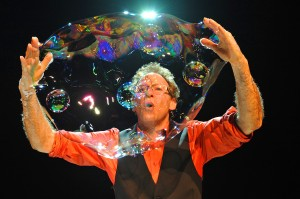 Louis Pearl, 'The Amazing Bubble Man,' will be performing at the Edgemar Center for the Arts.
