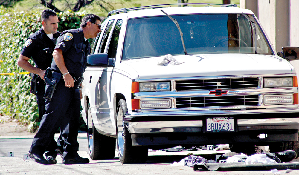 Santa Monica police investigate a shooting in an alley near the intersection of 16th Street and Michigan Avenue on June 11. (File photo)
