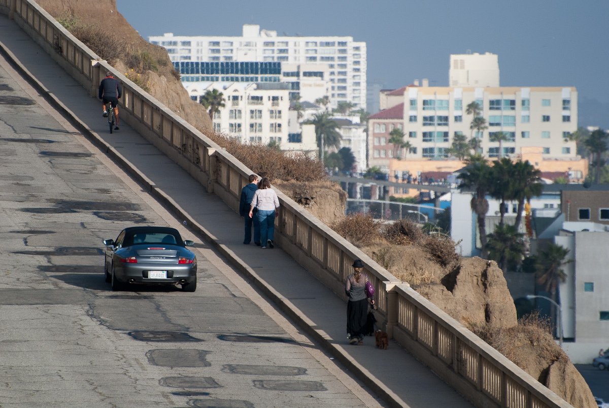 The California Incline, a critical bridge for commuters, has one of the worst ratings for structural integrity in the nation. (File photo)