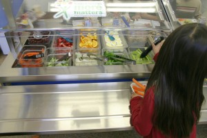 Three local elementary schools are taking part in a contest to eliminate trash from school lunches. (Kevin Herrera kevinh@smdp.com)
