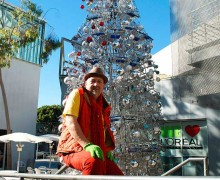 Anthony Schmitt creates a shopping cart tree every year at the Edgemar Center for the Arts. (Paul Alvarez Jr. editor@smdp.com)