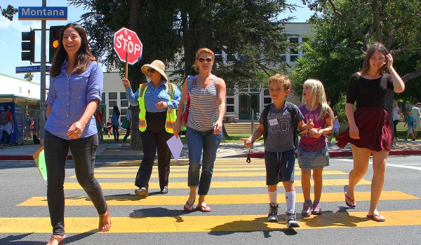 SAFETY: Crossing guards are among the city employees who may be in line for raises. (Daniel Archuleta daniela@smdp.com)