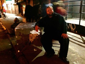 A MAN AND HIS WORDS: Storyteller Mike Daisey is set to perform tonight at UCLA. (Photo courtesy of CAP UCLA)