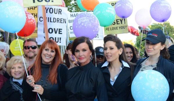 HAPPY BIRTHDAY, DAD: Kerri Kasem (second from right) held a vigil honoring her father, Casey Kasem, the legendary radio host. (Photo courtesy Julie White)