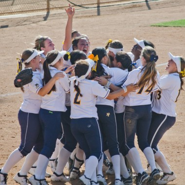 Samohi softball won this year's CIF-Southern Section Division 4 championship. (Paul Alvarez)