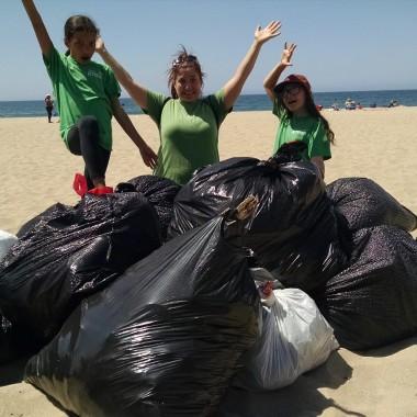 Sydney and Johanna beach clean up